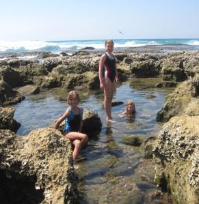 st-l-girls-on-reef